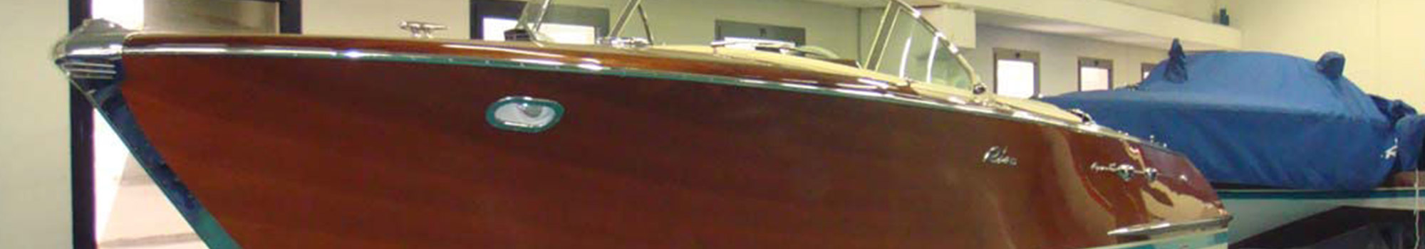 verniciatura scafi in legno
